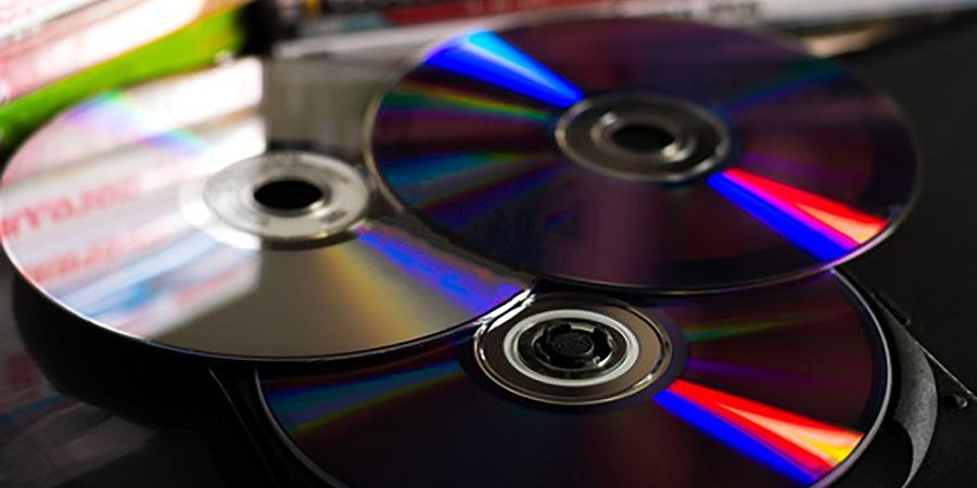 ¿Quieres tirar tus antiguos CDs y DVDs? Te contamos dónde depositarlos para que sean reciclados